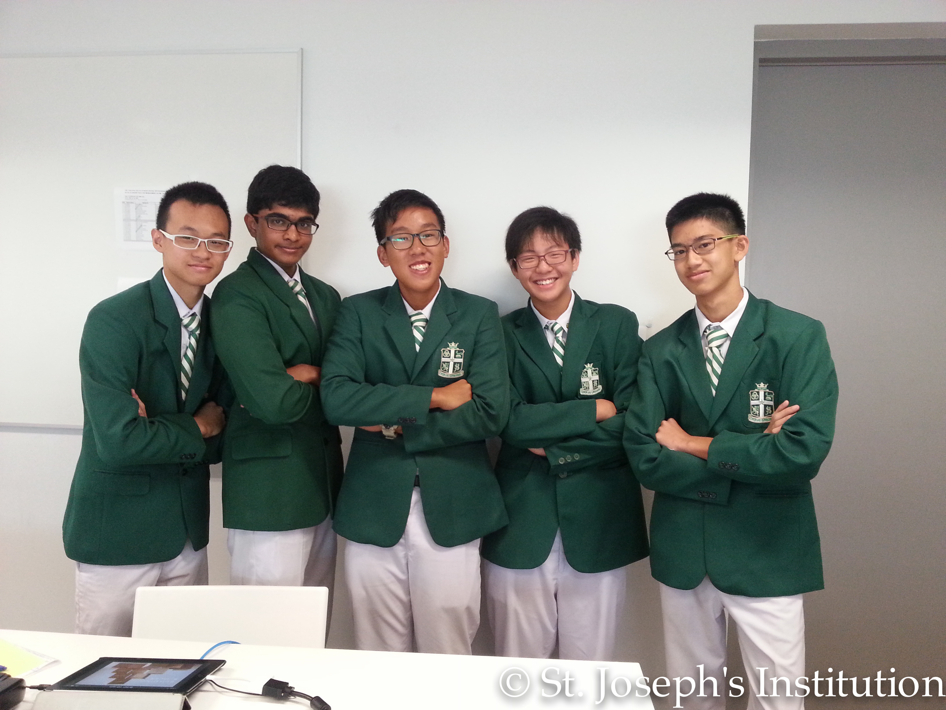 20150411-The team that won 2nd runner up placing.jpg