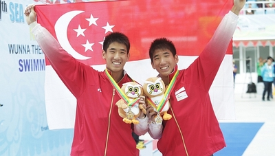 2013sea-games-twins-mark-and-timothy-lee-win-silver.jpg